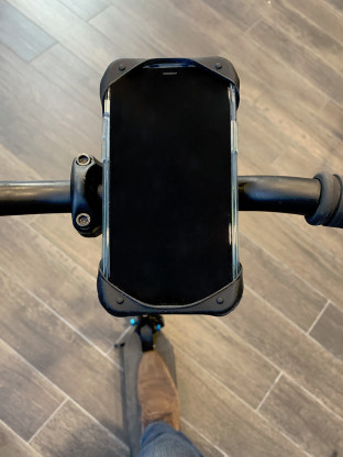 Support trottinette pour smartphone